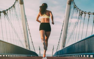 ¿Se puede hacer deporte tras una operación de aumento de pecho?